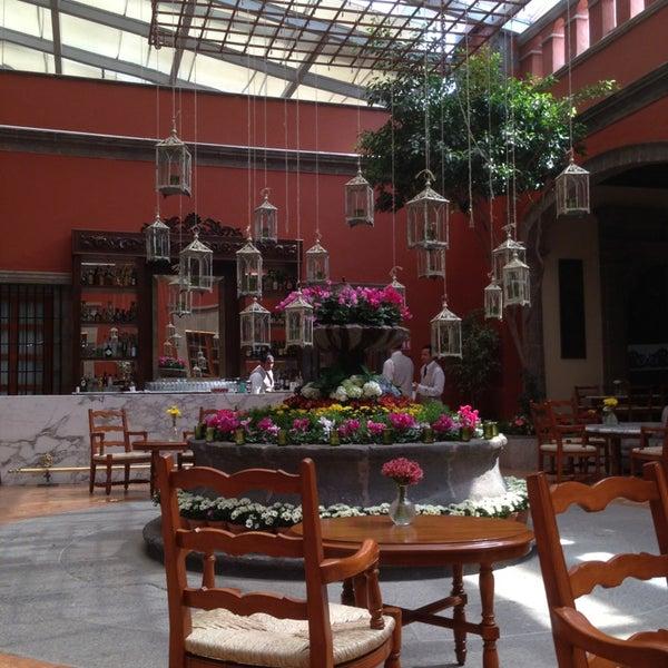 5/19/2013 tarihinde Carito G.ziyaretçi tarafından Hacienda de Los Morales'de çekilen fotoğraf
