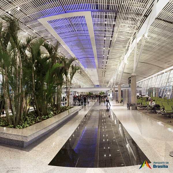 Foto tomada en Aeropuerto Internacional de Brasilia Presidente Juscelino Kubitschek (BSB) por Aeroporto Internacional de Brasília / Presidente Juscelino Kubitschek (BSB) el 1/6/2015