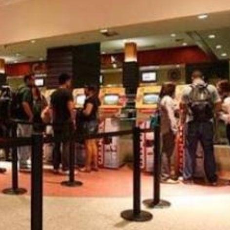 8ed1f2de7eac7 Cinema do Shopping D. Movie Theater. Canindé