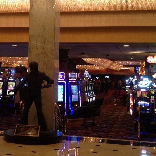 Снимок сделан в LVH - Las Vegas Hotel & Casino пользователем She S. 7/22/2013
