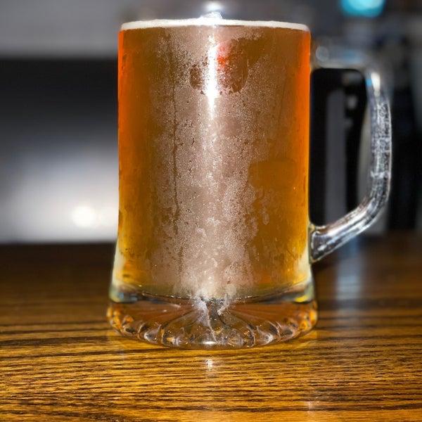 รูปภาพถ่ายที่ Hop Valley Brewing Co. โดย Michael S. เมื่อ 7/1/2020