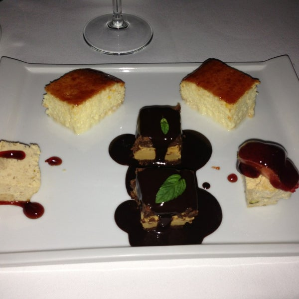 Foto tomada en Trilye Restaurant por Necati R. el 12/23/2013