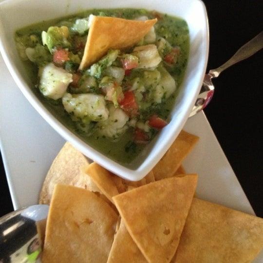 Foto tirada no(a) The MexZican Gourmet por Nicky D. em 10/20/2012