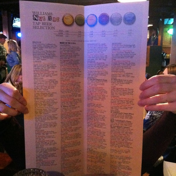 3/18/2013에 Angela C.님이 Williams Uptown Pub & Peanut Bar에서 찍은 사진