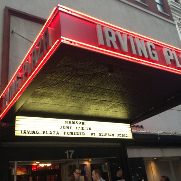 Photo prise au Irving Plaza par Valerie B. le6/18/2013
