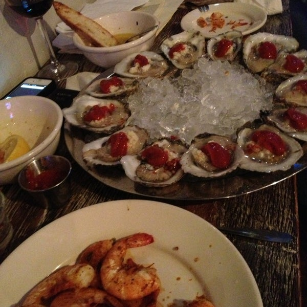 Photo prise au Henlopen City Oyster House par Ed G. le1/1/2013