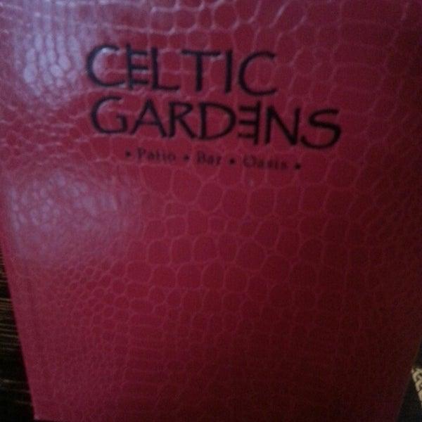 Foto tirada no(a) Celtic Gardens por Jaime G. em 7/25/2013