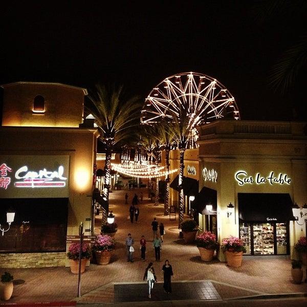 Снимок сделан в Irvine Spectrum Center пользователем M | م 👑 6/2/2013