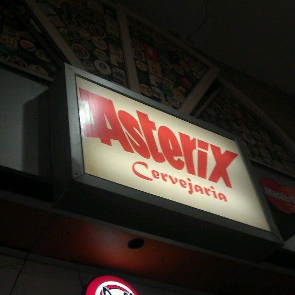 Photo prise au Cervejaria Asterix par Homero D. le2/24/2013