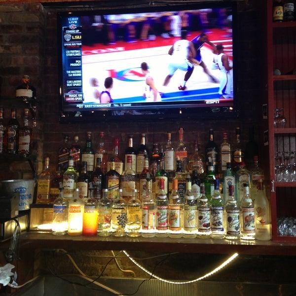 4/11/2013에 Alex R.님이 Opal Bar & Restaurant에서 찍은 사진