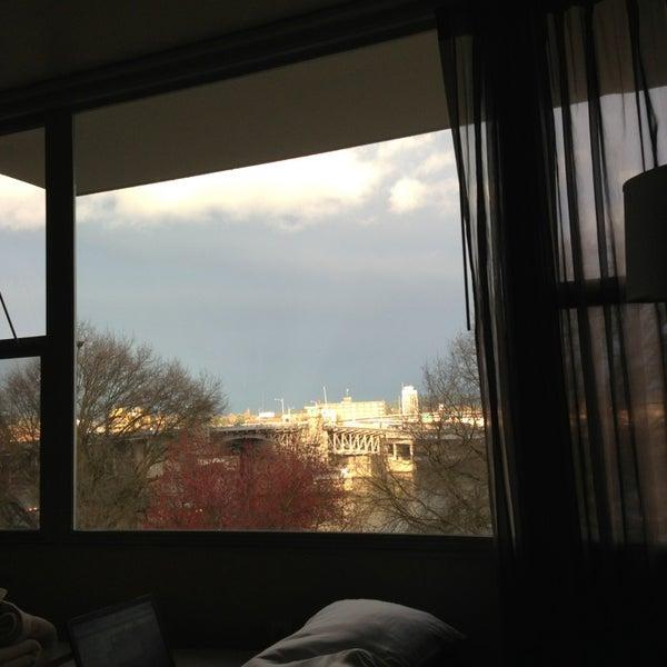 Das Foto wurde bei Hotel Rose von Brad F. am 3/17/2013 aufgenommen