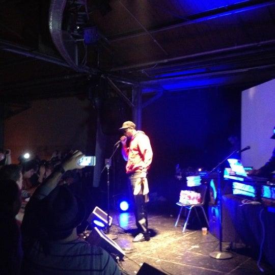 รูปภาพถ่ายที่ Warehouse Live โดย Ray O. เมื่อ 10/17/2012