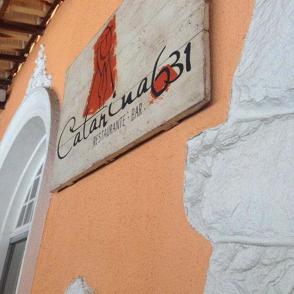 Foto tirada no(a) Restaurante Catarina631 por Simyalê R. em 9/13/2013