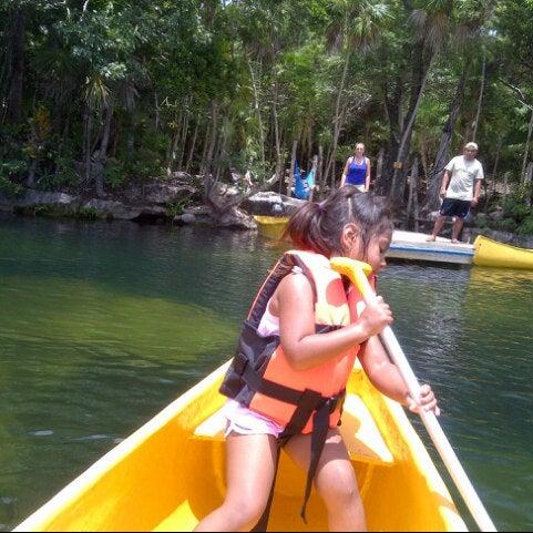 Foto tomada en Cenotes LabnaHa por Pep L. el 9/9/2013