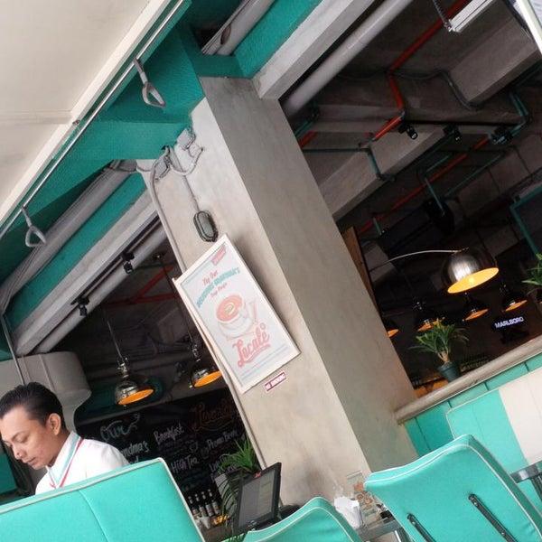 Foto scattata a Locale 24 Diner & Bar da Ali L. il 7/26/2014