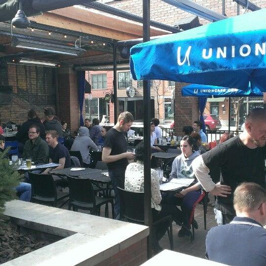5/9/2013 tarihinde Kirk M.ziyaretçi tarafından Union Cafe'de çekilen fotoğraf