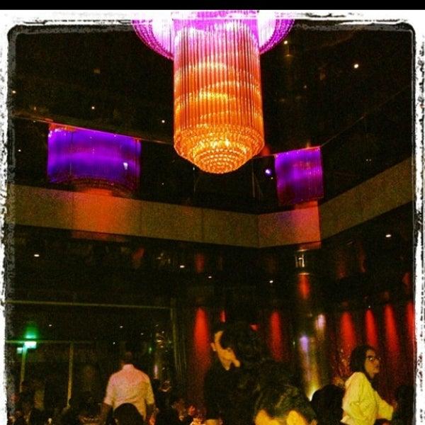 4/30/2013にOLCAYがGQ Barで撮った写真