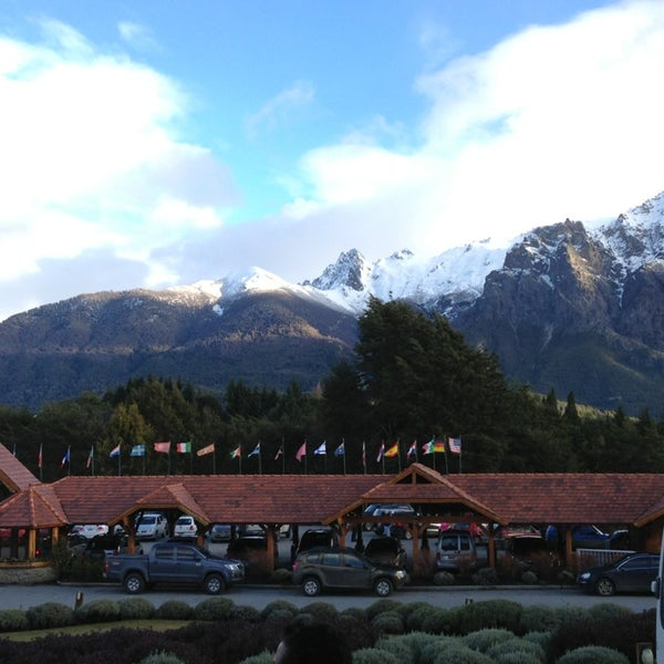 Photo prise au Llao Llao Hotel & Resort par Sofia R. le7/17/2013