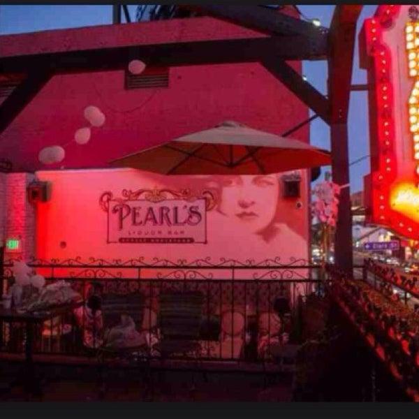 """10/20/2014 tarihinde A""""R""""Gziyaretçi tarafından Pearl's Liquor Bar'de çekilen fotoğraf"""