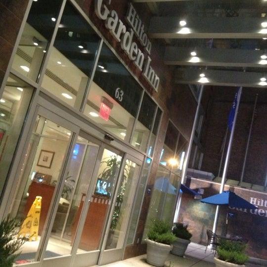 Foto tirada no(a) Hilton Garden Inn por Victor Y. em 1/3/2013