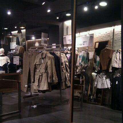 yksinoikeudella Kivat kengät parhaiten myydä Photos at Vero Moda / Jack & Jones (Now Closed) - Театральна ...