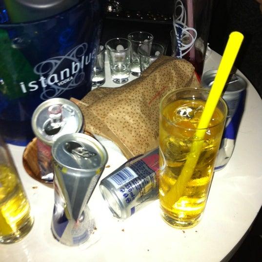 รูปภาพถ่ายที่ Olimpia V.I.P Club โดย elif 👻 เมื่อ 12/15/2012