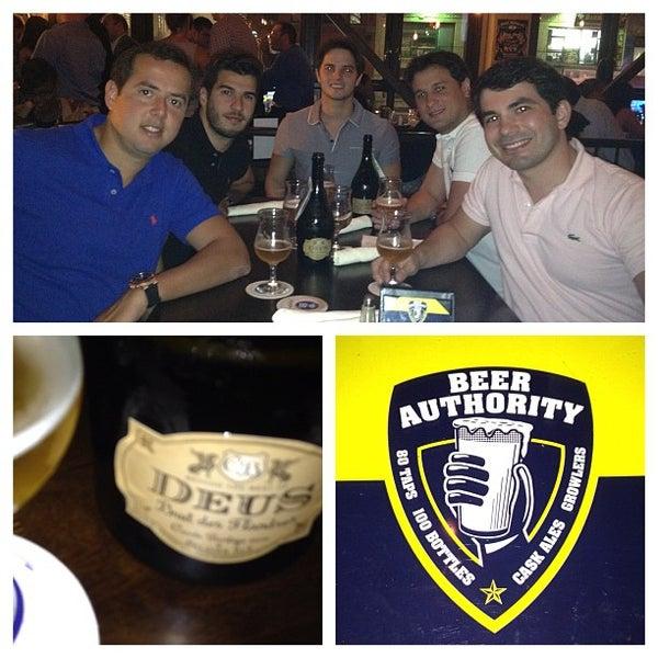 Foto diambil di Beer Authority NYC oleh Altemir T. pada 9/15/2012
