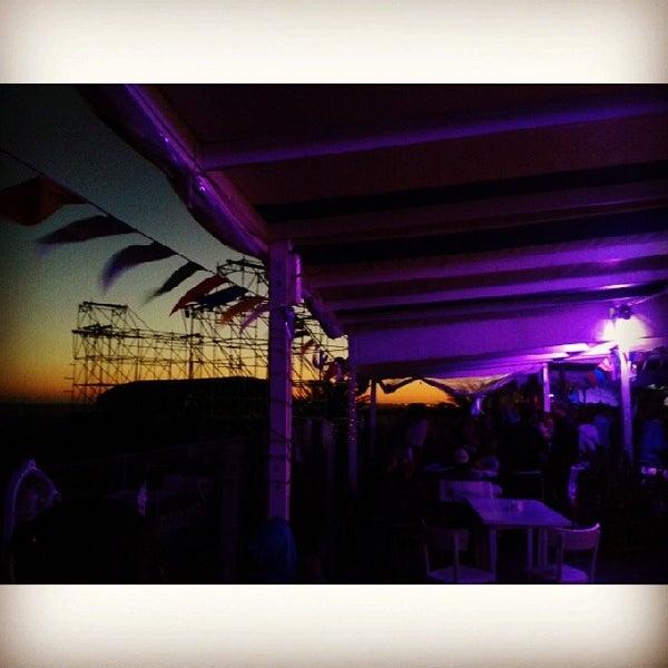 1/20/2014 tarihinde Rocio A.ziyaretçi tarafından Mute Club de Mar'de çekilen fotoğraf