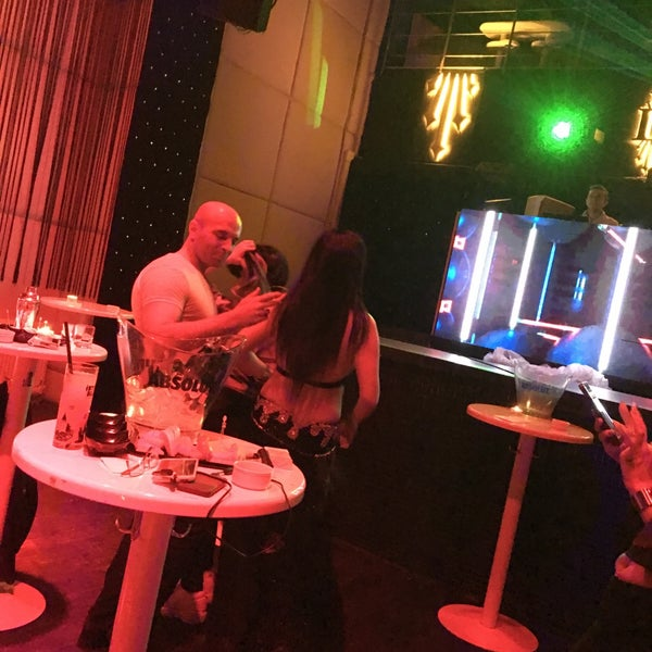 4/3/2019にIndah H.がD'lux Club Ankaraで撮った写真