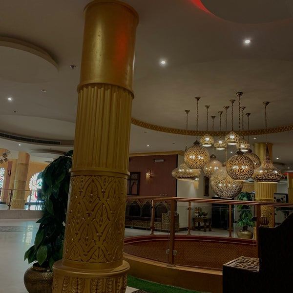 Copper Chandni كوبر شندني Riyadh Da Hint Restorani