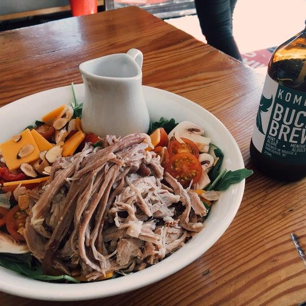 รูปภาพถ่ายที่ Railtown Cafe โดย Jonathan J. เมื่อ 9/28/2016