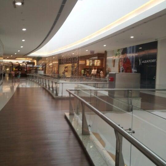 รูปภาพถ่ายที่ Shopping Park Europeu โดย Luiz d. เมื่อ 12/26/2012