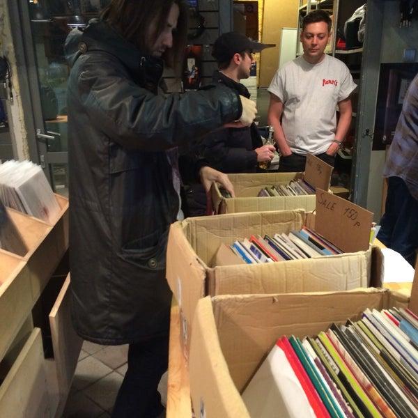 11/19/2016에 Qwerty님이 Baza Record Shop에서 찍은 사진