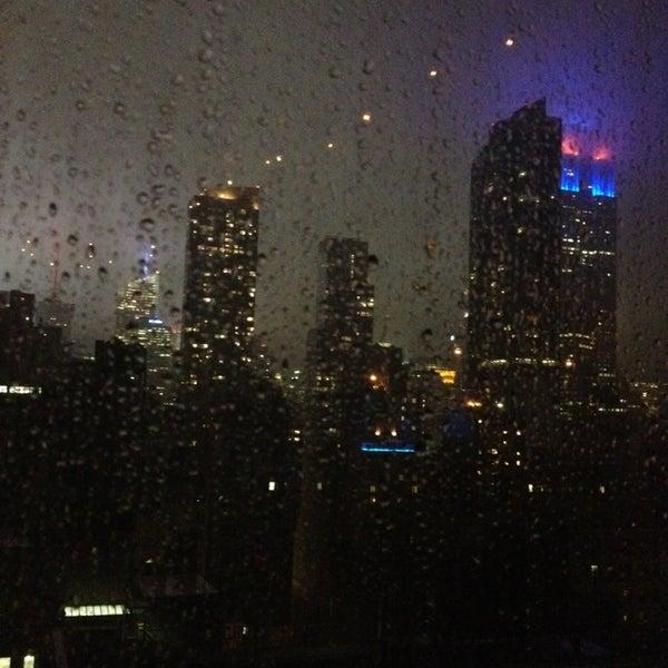 7/13/2013 tarihinde Anastasiaziyaretçi tarafından Hilton New York Fashion District'de çekilen fotoğraf