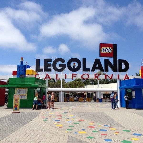 Foto tirada no(a) Legoland California por Teresa T. em 7/7/2013