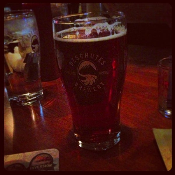 Снимок сделан в Deschutes Brewery Bend Public House пользователем Ron K. 12/29/2012