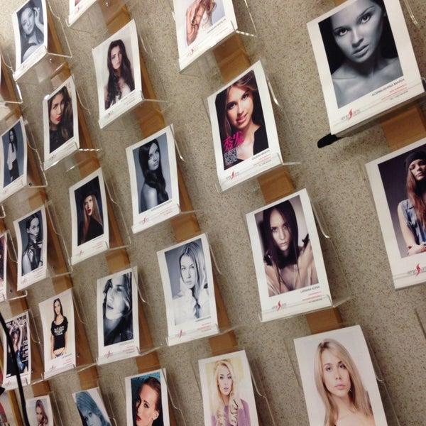 Модельное агентство ренессанс легкий заработок для девушек