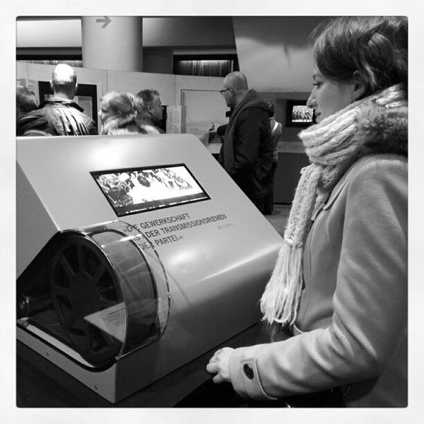 1/27/2013 tarihinde Nicolas C.ziyaretçi tarafından DDR Museum'de çekilen fotoğraf