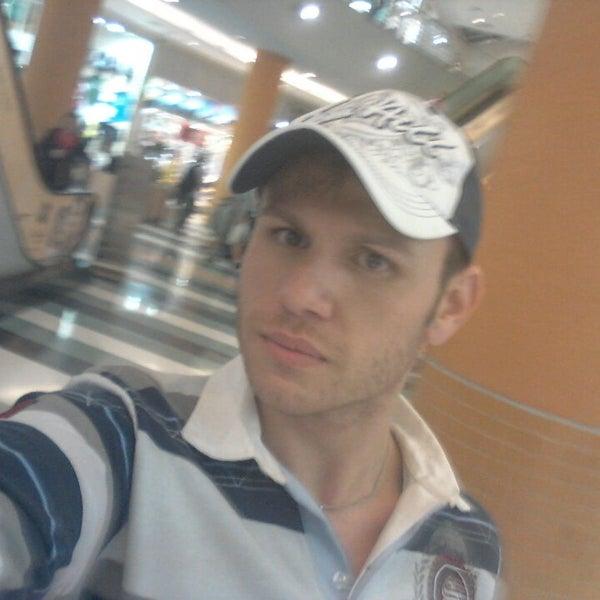 Das Foto wurde bei Shopping Campo Limpo von William A. am 5/21/2013 aufgenommen