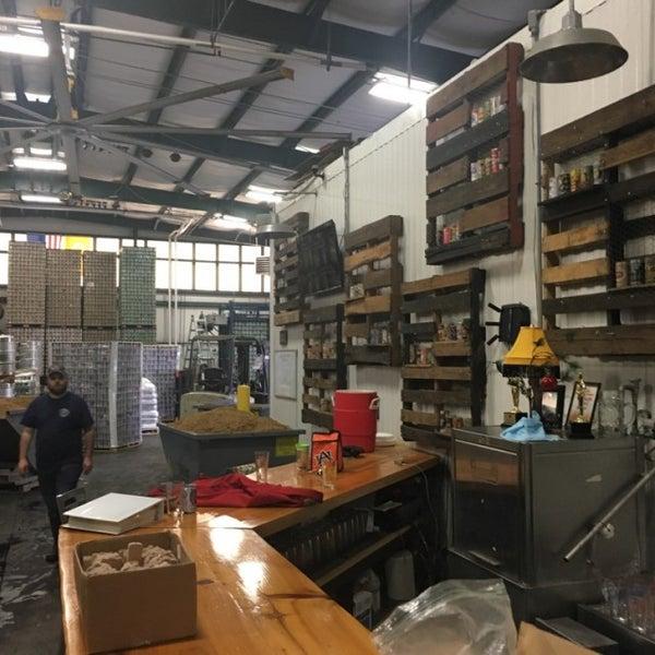 Das Foto wurde bei Southbound Brewing Company von Rick B. am 12/7/2016 aufgenommen