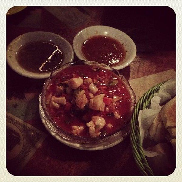 Foto diambil di El Meson de Pepe Restaurant & Bar oleh Fan S. pada 12/4/2012