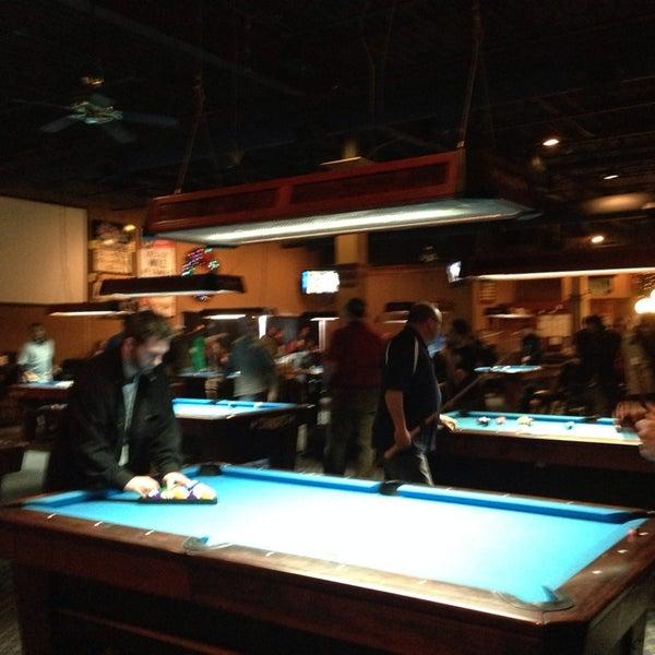 1/25/2014에 Jason B.님이 Two Stooges Sports Bar & Grill에서 찍은 사진