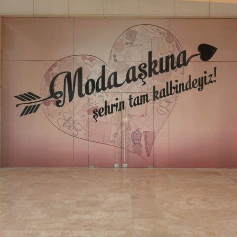 Photo prise au MarkAntalya par ... .. le12/23/2013