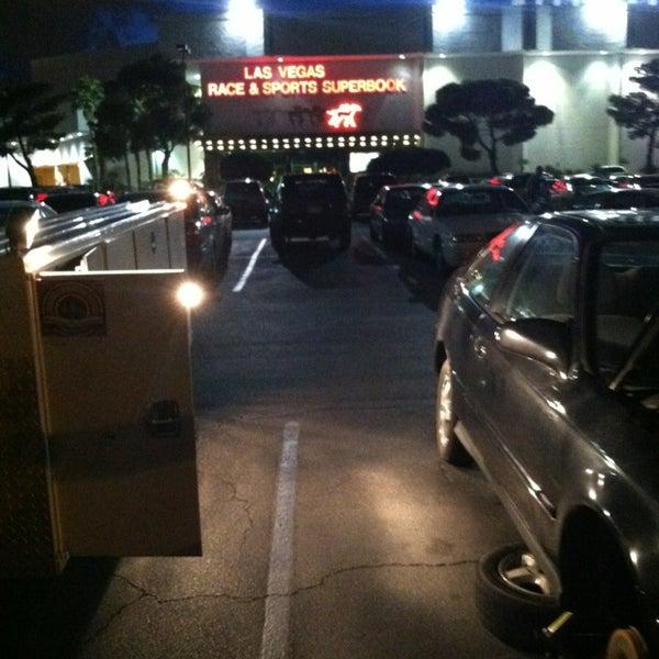Foto diambil di LVH - Las Vegas Hotel & Casino oleh @TravisHeinrich pada 1/28/2013