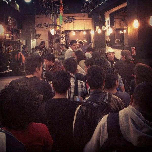 Das Foto wurde bei Mezcaleria Vulgar von Rodrigo L. am 11/22/2012 aufgenommen