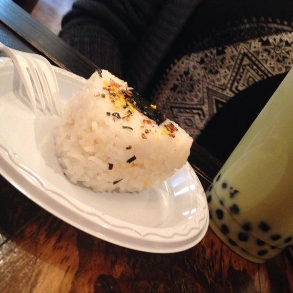9/12/2014 tarihinde Amy H.ziyaretçi tarafından Maid Cafe NY'de çekilen fotoğraf