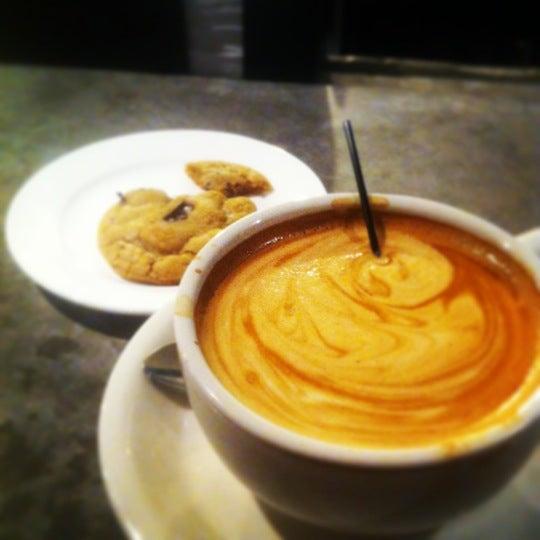 Das Foto wurde bei Coffee Foundry von Deborah B. am 12/21/2012 aufgenommen