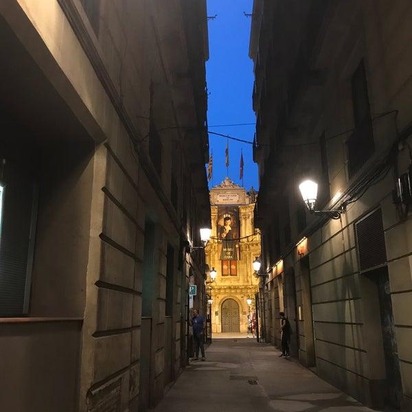 Foto diambil di Museu de Cera de Barcelona oleh Donna pada 6/23/2017