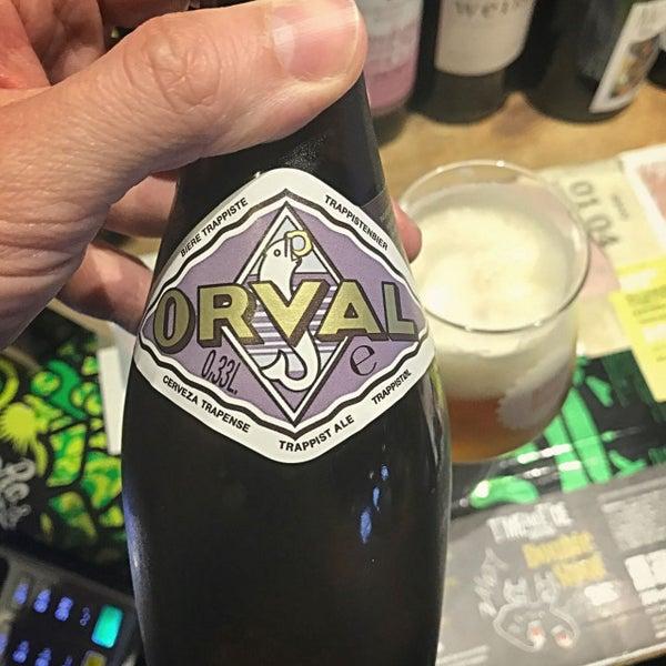 Das Foto wurde bei The Bottle Shop von Dave F. am 7/11/2017 aufgenommen