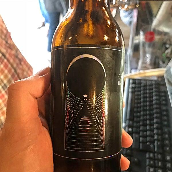 Das Foto wurde bei The Bottle Shop von Dave F. am 6/20/2018 aufgenommen
